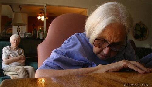 возникают проблемы с памятью у стариков