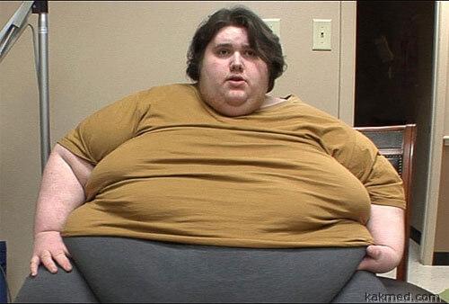 Мальчики-подростки страдают от последствий лишнего веса больше, чем девочки