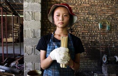 Производство палочек для еды в Китае
