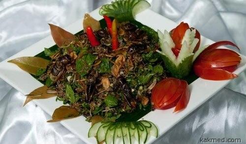 Салат с жуками
