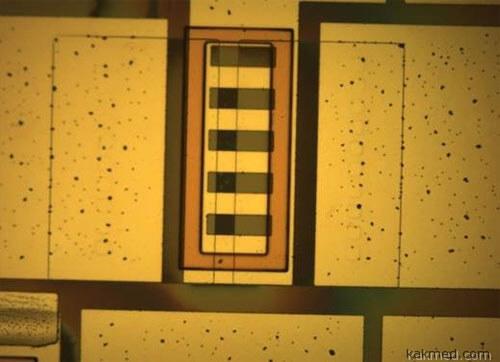 Кремниевые схемы с оксидом алюминия