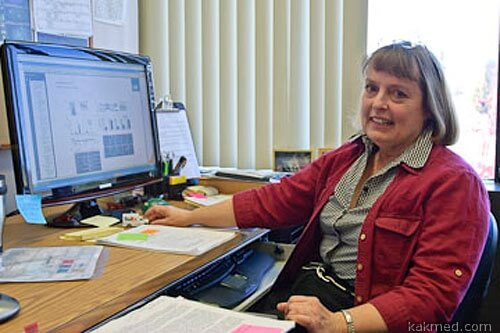 Биолог Джин Лоуренс (США)