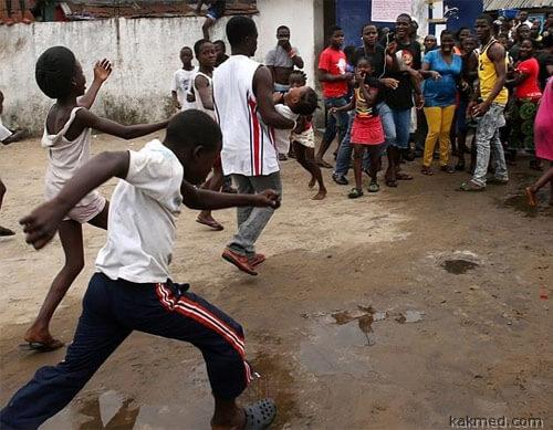 Воины Эбола атакуют карантин
