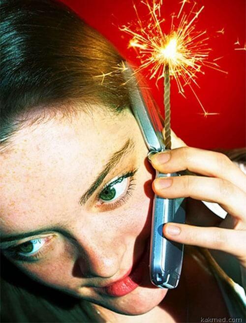 Телефон это бомба для здоровья шеи