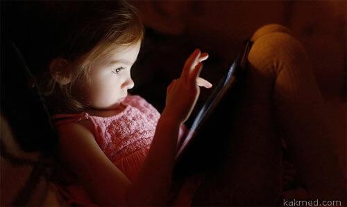 Девочка и планшет - плохая пара