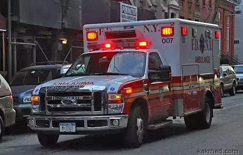 Скорая помощь Нью-Йорк